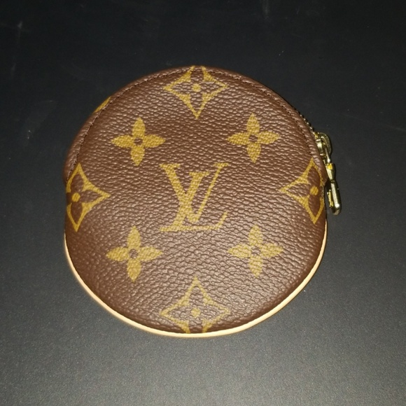 Louis Vuitton Handbags - LOUIS VUITTON Coin Purse